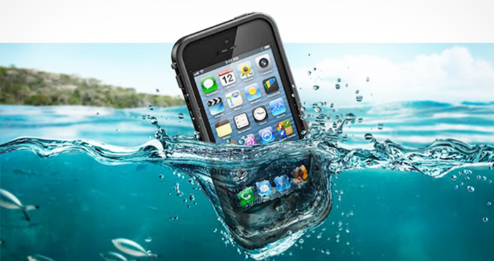 Getting Your Cell Phone Wet Usually Means You Have To Replace It Because Electricity And Water Do Not Go Well Together However Sometimes If Re Fast